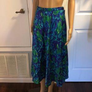 Dresses & Skirts - Floral Vitnage A-Line Skirt